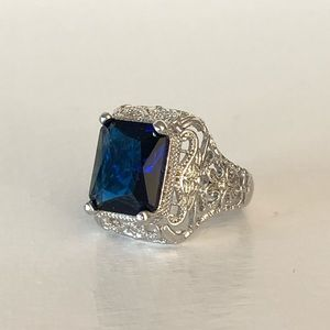 NEW Blue Sapphire Ring Size Size 6
